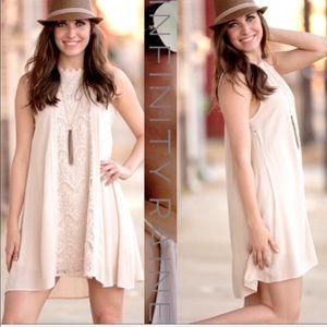 NWOT Boho Chic Infinity Raine Crochet Dress